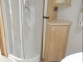 2017 Elddis Avante 550 shower tray