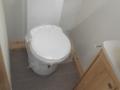 2017 Elddis Avante 574 toilet